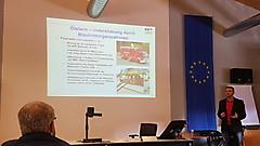 Herr Huss beim Vortrag